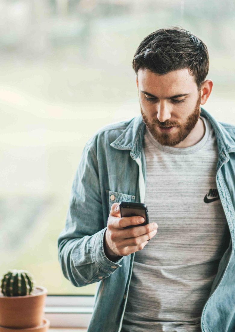 What to avoid when texting? Complaints, insults, secrets, explanations, and unexpected bad - or even good news. Keep the big conversations for face to face.